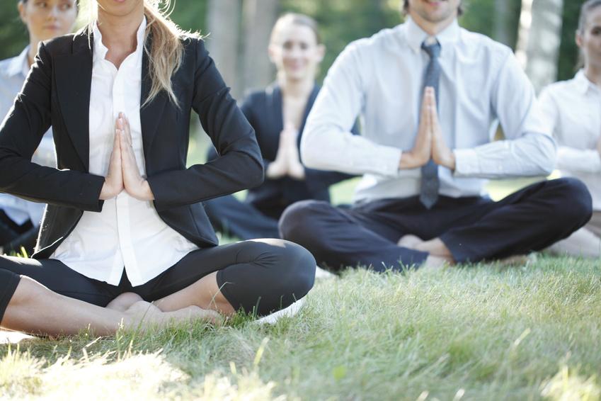 Yoga sur chaise | Roland Granottier | Réa-Entreprise, Annecy